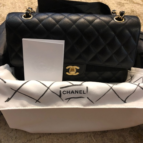 CHANEL Handbags - Chanel medium caviar double flap with GHW